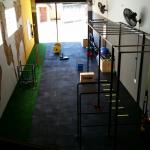 Distribuidor de pisos de academia