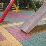 Piso de borracha reciclada para academias e playgrounds